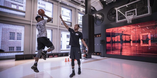 Nike Store kinect